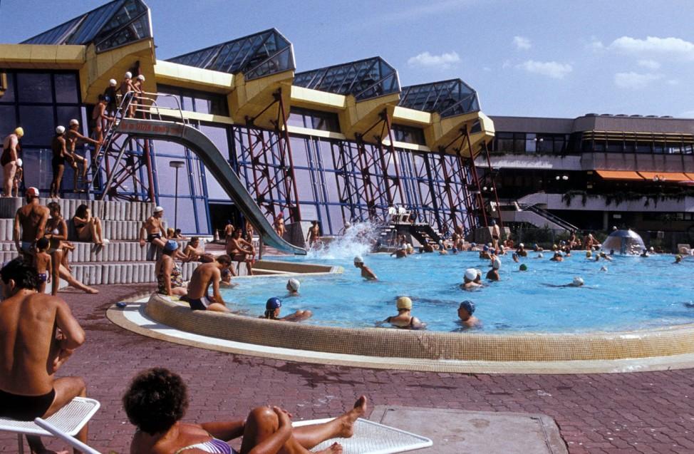 Freibad des Sport- und Erholungszentrum (SEZ), DDR, 1988