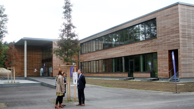 Munich International School auf Gut Buchhof; Munich International Scholl