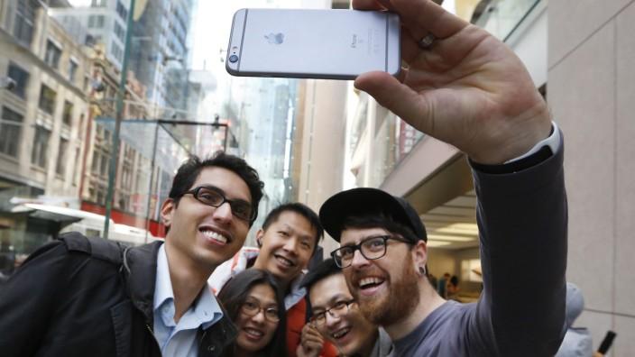 iPhhone 6S on sale in Sydney
