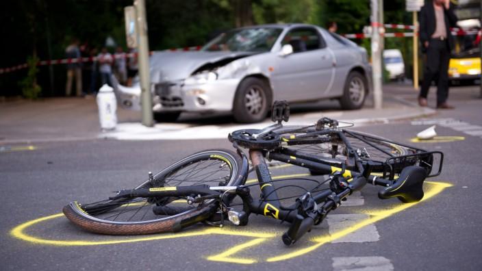 Forscher untersuchen Unfälle zwischen Autos und Radfahrern