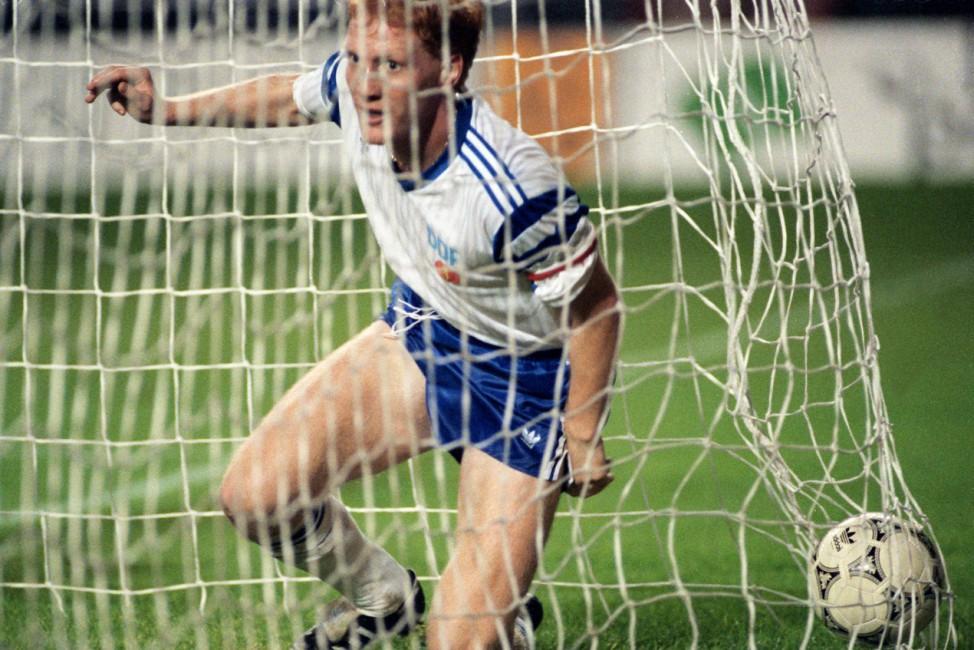 Fußball-Länderspiel Belgien - DDR 1990 in  Brüssel (0:2)