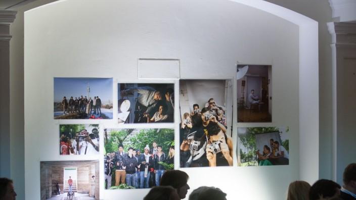 Eröffnungsfeier Projektraum für Jugendkultur der Refugio Kunstwerkstatt Im Haus St. Joseph am Luise Kiesselbach Platz 2