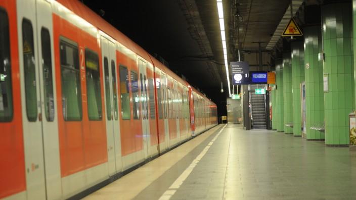 S-Bahn: Anfang August musste die S-Bahn Verstärkerzüge auf einigen Linien ausfallen lassen.