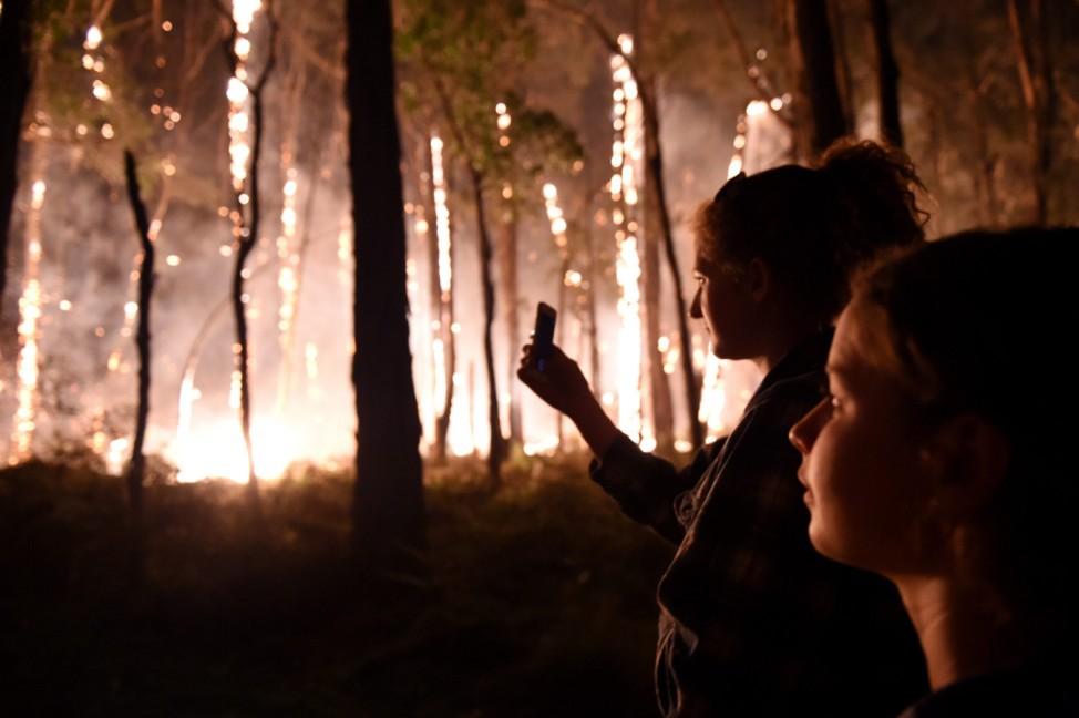 Early bushfires in southern Australia