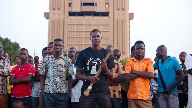 Meeting anti-référendum organisé par le Balai Citoyen à Ouagadougou.