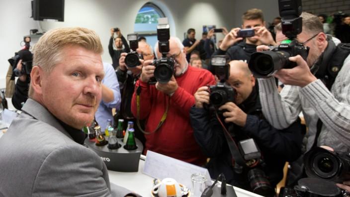 SC Paderborn stellt neuen Trainer Effenberg vor