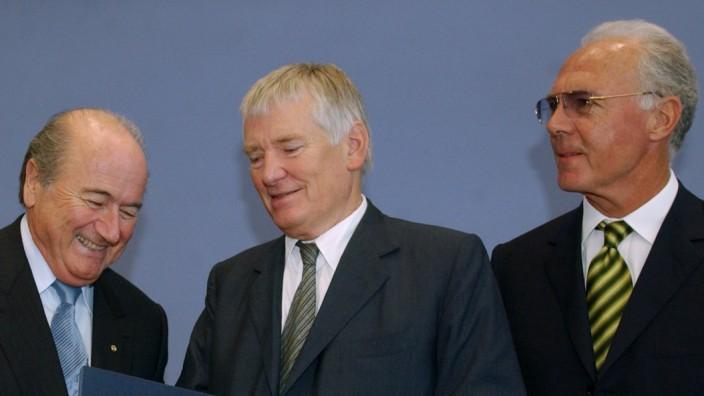 Blatter, Schily und Beckenbauer