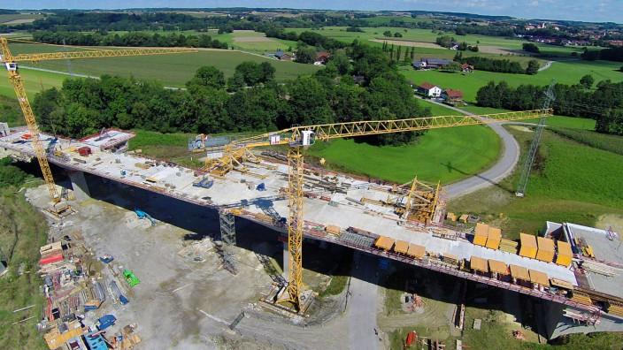 Erding: Ein Firmenkonsortium soll die A 94 bis 2019 fertig bauen.