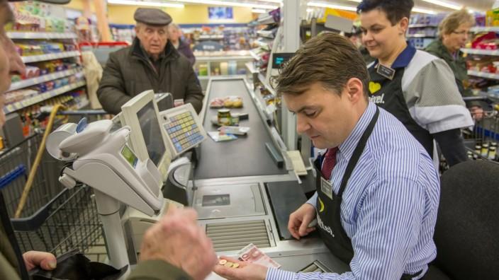 Vom Bundestag an die Supermarkt-Kasse