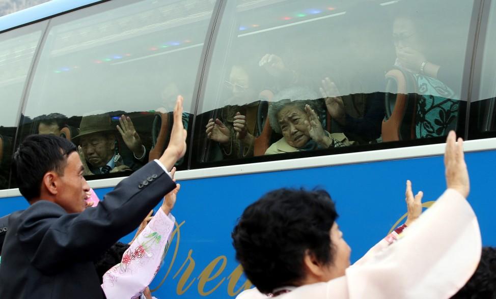 South and North Korea Families Reunite