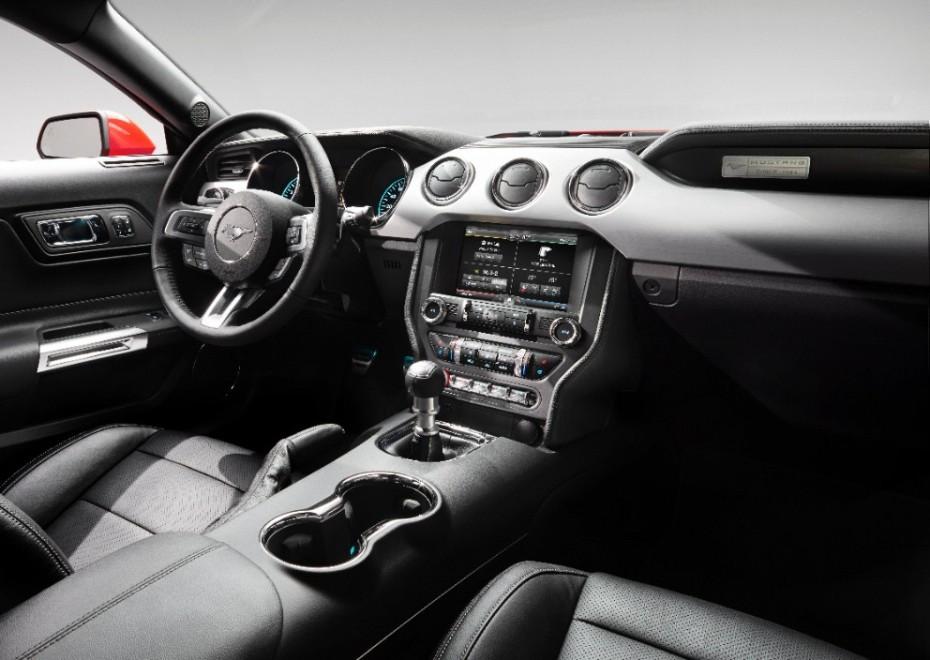 Der Innenraum des neuen Ford Mustang