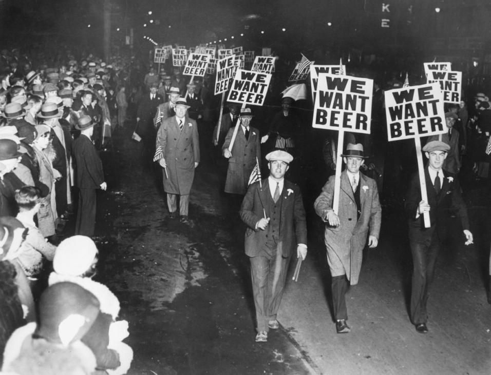 Protestmarsch von Gewerkschaftsmitgliedern zur Zeit der Prohibition in Newark, 1931