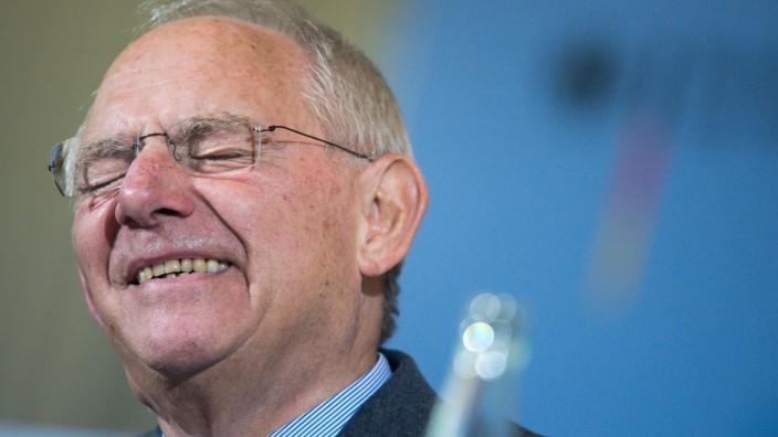 Bundesfinanzminister Schäuble zu Steuerschätzung