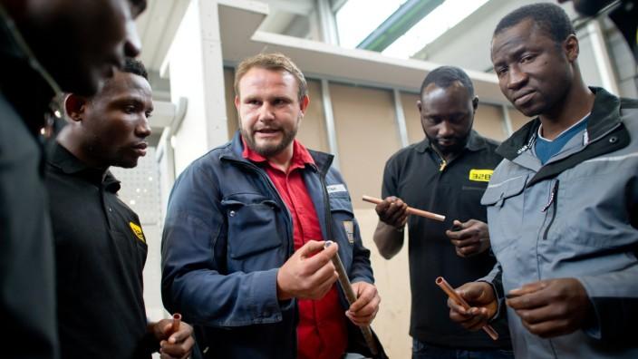 Lernwerkstatt für Flüchtlinge in der Bayernkaserne