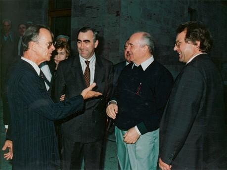 Mainhardt Graf von Nayhauß, Theo Waigel und Michail Gorbatschow