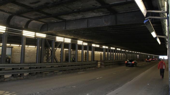 Organisiertes Verbrechen: In der Paul-Heyse-Unterführung klickten die Handschellen: Hier, in unmittelbarer Nähe zum Münchner Hauptbahnhof, nahm die Polizei den Paten fest.