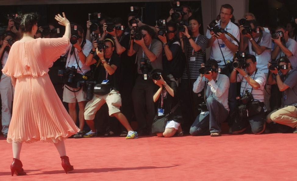 62nd Venice Film Festival: Drawing Restraint 9