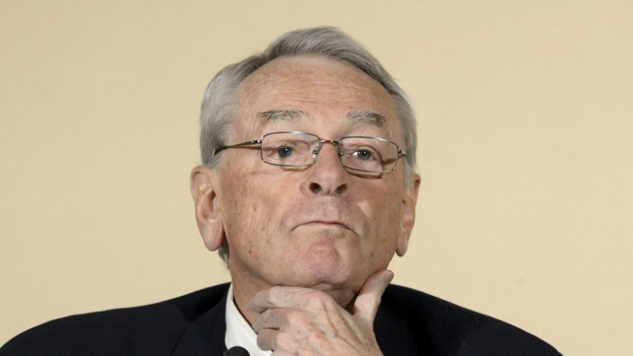 Günter Younger