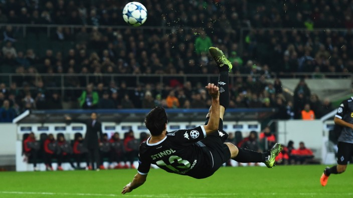 VfL Borussia Moenchengladbach v Sevilla FC - UEFA Champions League