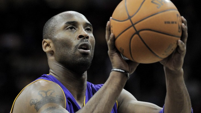 NBA star Kobe Bryant says current season is his last