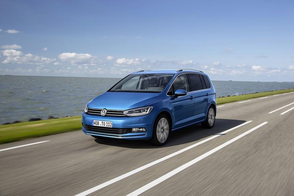 VW Touran Front- und Seitenansicht