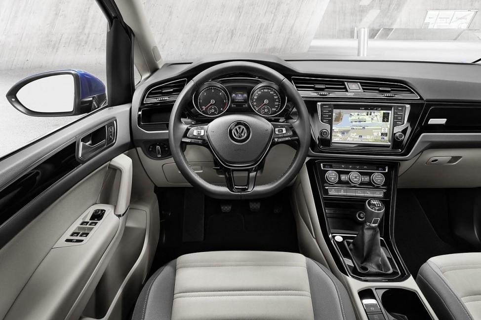 Armaturenbrett des VW Touran