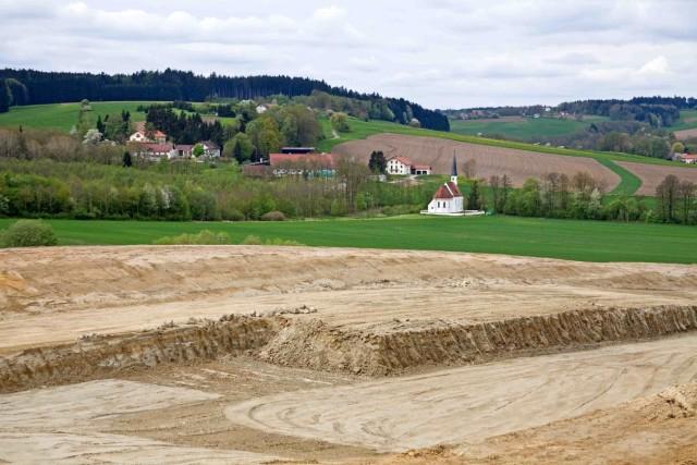 Buch über Flächenfraß in Bayern