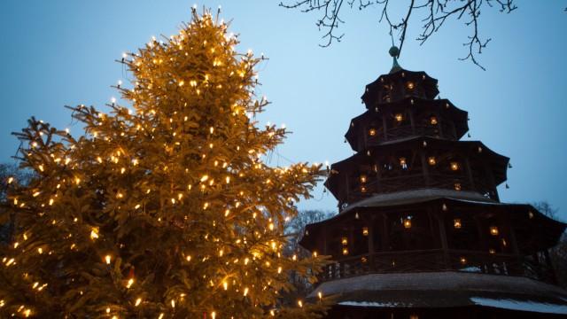 Weihnachtsmarkt am Chinesischen Turm in München, 2013