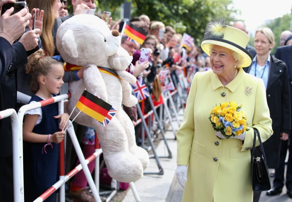 Queen Elizabeth II Visits Berlin; Queen