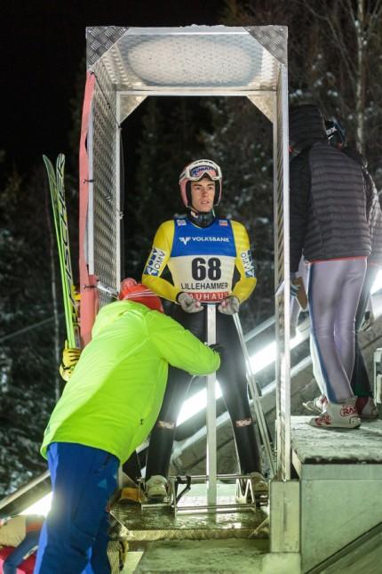 Vierschanzentournee Skispringen bitte nicht kratzen