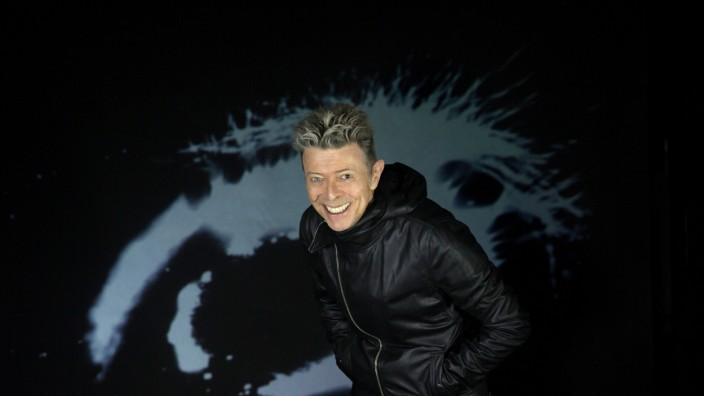 """David Bowie """"Dark Star"""""""