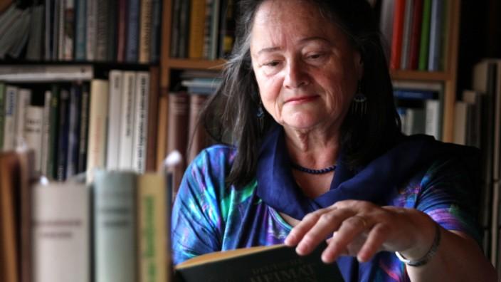 Sagenforscherin Gisela Schinzel-Penth aus München, 2012