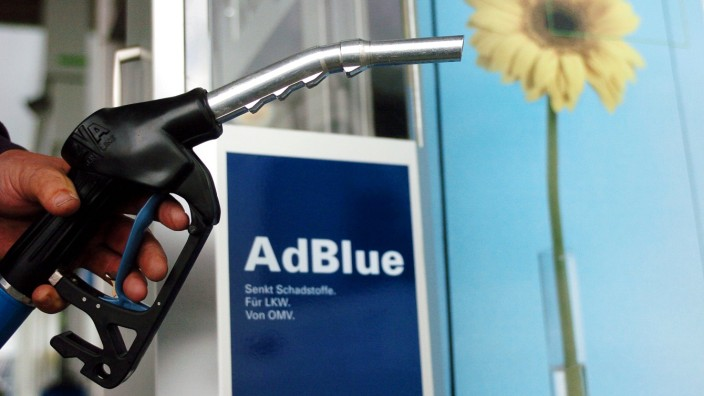 Erste AdBlue-Zapfsäule an deutscher Autobahn; adblue