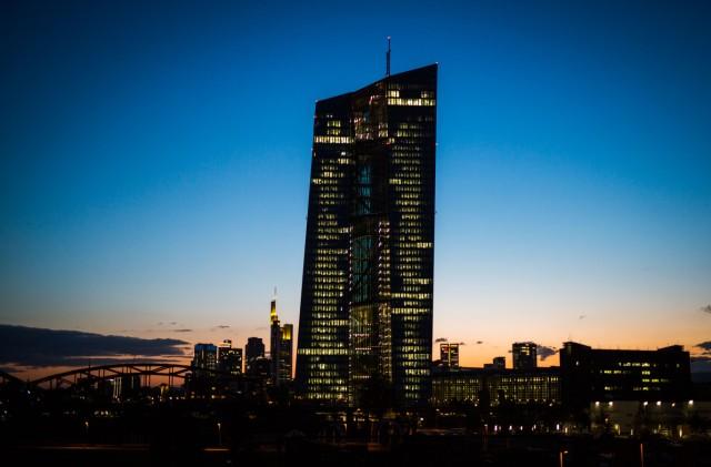 Frankfurt/Main am Abend