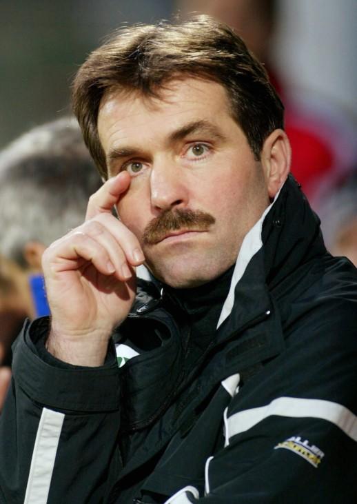 FUSSBALL: 2. BL 02/03, 1. FC UNION BERLIN - VFB L?BECK 3:1; Schnauzer