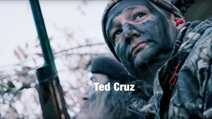 """US-Republikaner: Standbild aus dem Entenjagd-Video mit Phil Robertson, Schwulenhasser und Star der Reality-TV-Show """"Duck Dynasty"""""""