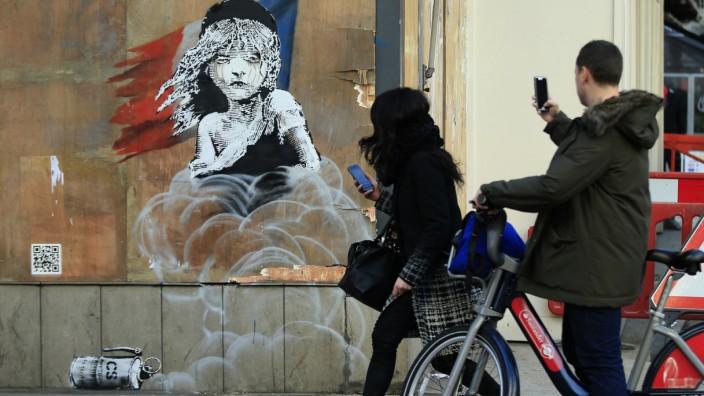 London: Cosette im Tränengas-Nebel: Banksys jüngstes Werk im Londoner Stadtteil Knightsbridge.
