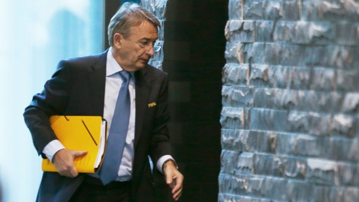 Germany's FIFA executive committee member Niersbach arrives before a meeting of the FIFA Executive Committee in Zurich