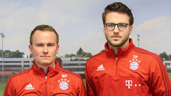 FC Bayern München: Setzte sich mit 16 Jahren in Bus und S-Bahn, um für den TSV 1860 München zu scouten, verantwortet jetzt die Nachwuchssichtung beim Rekordmeister: Timon Pauls, 23 (r.).