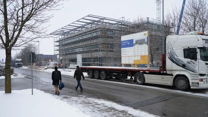 TU München: Der Rohbau steht: Die künftige Munich School of Engineering auf dem Campus der TU in Garching.