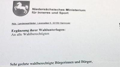 Gefälschte Wahlunterlagen in Niedersachsen: Mit Unterschrift des Wahlleiters - einer der gefälschten Briefe aus Niedersachsen.