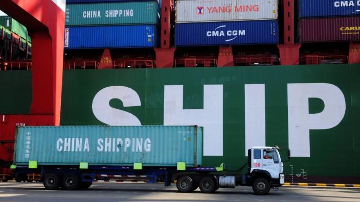Konjunktur: China spielt längst eine zentrale Rolle für die Weltwirtschaft - nun lahmt die Industrie im Land. Dabei bräuchte die Regierung in Peking den Erfolg dringend.