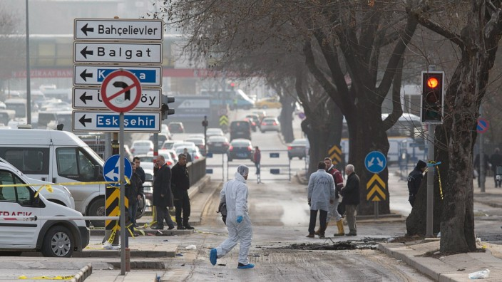 28 killed in car bomb targeting military in Turkish capital Ankar