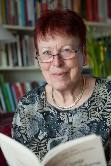 Barbara Yurtdas, Sie ist Schriftstellerin und übersetzt Literatur aus dem Türkischen.