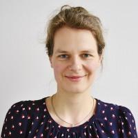 Portrait Dr. Esther Widmann