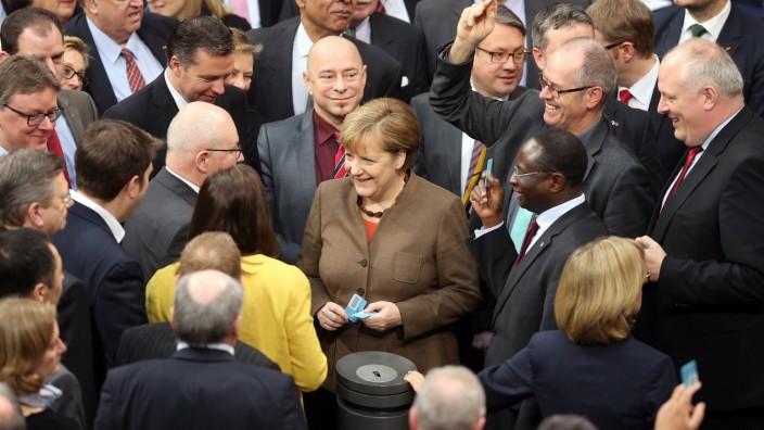 Bundestag beschließt Asylpaket II