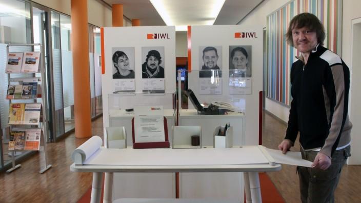 IWL-Ausstellung in der VR-Bank; 40 Jahre IWL-Werkstätten