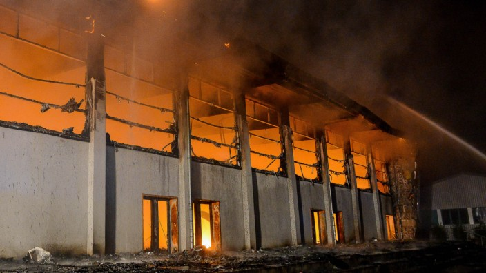Brand in Turnhalle in Nauen
