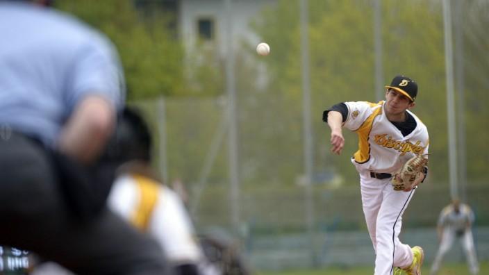 Baseball: Freunde des amerikanischen Sports in Haar müssen in absehbarer Zeit woanders trainieren.