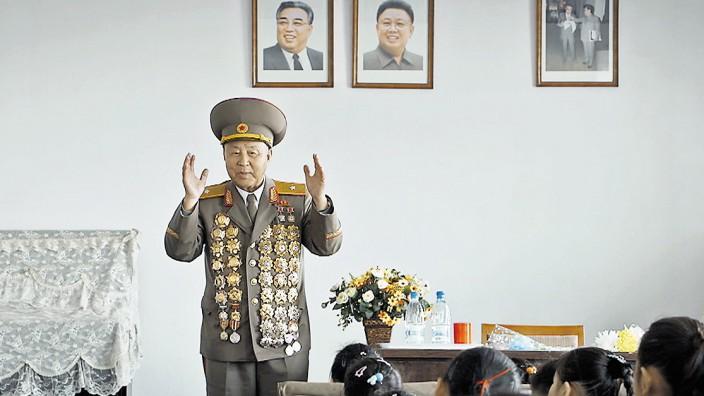 "Nordkorea-Doku ""Im Strahl der Sonne"" im Kino"